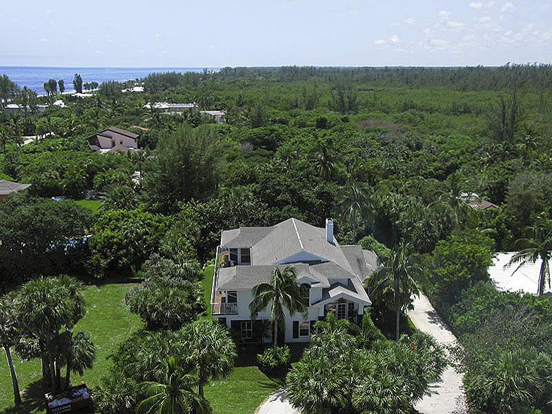 Single Family Home for Sale at Charming Spaces for Family & Guests... Plus Beach Access Jupiter Island, Florida,33455 United States