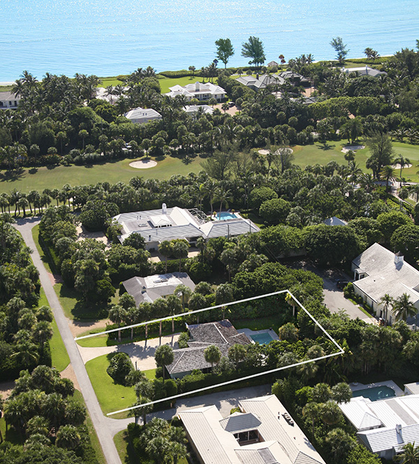 Single Family Home for Sale at Stylishly Renovated and Ideal location Jupiter Island, Florida,33455 United States