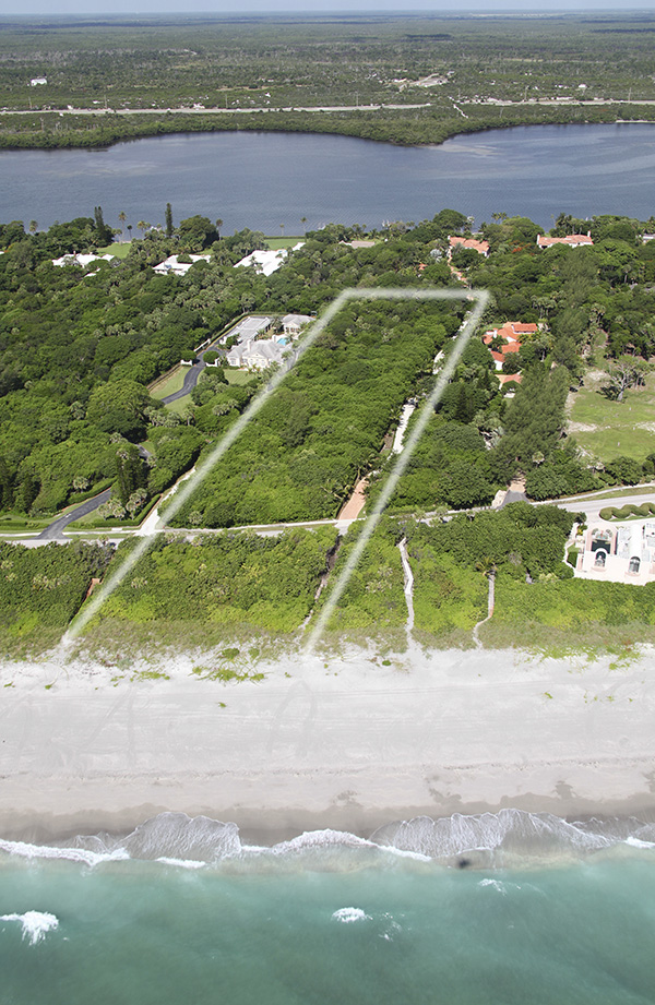 Single Family Home for Sale at Lush Homesite with Ocean Frontage Jupiter Island, Florida,33455 United States