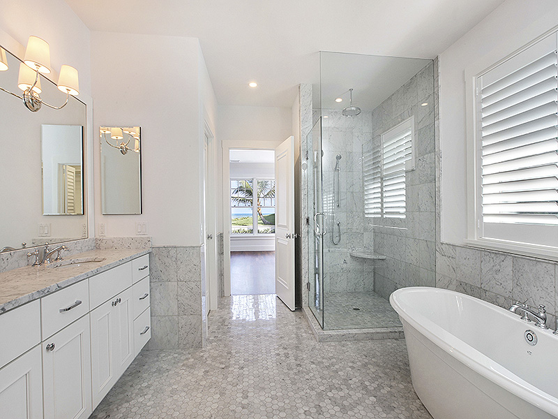 Additional photo for property listing at Exquisitely Renovated Oceanfront Estate  Jupiter Island, Florida,33455 United States
